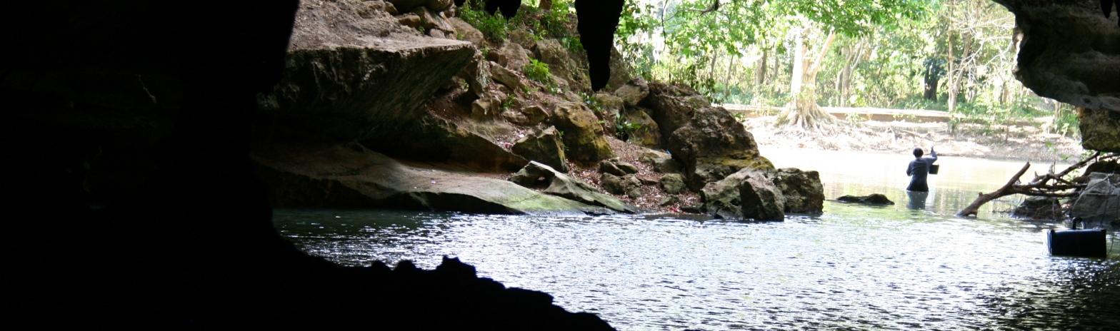 Suanoi Cave Thailand